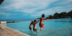 برك السباحة هل هي آمنة ؟